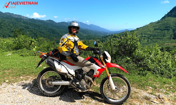 excursion-en-moto-al-norte-de-vietnam-11-dias-5