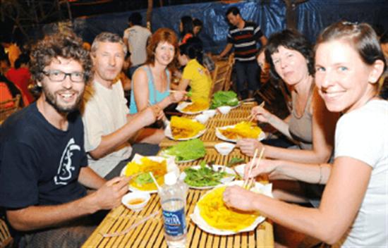 Moto tour de comida callejera en Hoi An