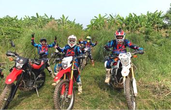 Tour off-road en moto de Hanoi a Vu Linh - 8 días