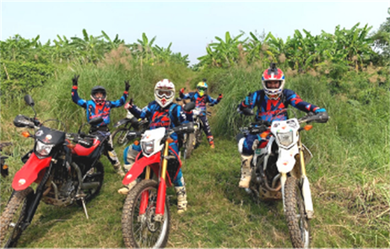 Tour off-road en moto de Hanoi a Vu Linh - 8 días cover
