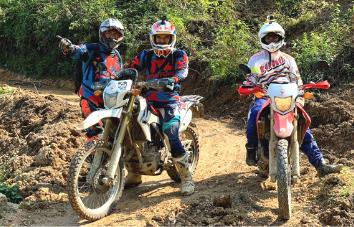 Tour en moto de Hanoi a Hoi An por el sendero Ho Chi Minh - 7 días