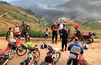 Excursión en moto desde Hanoi hasta Halong - 10 días