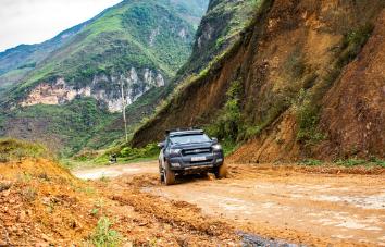 4WD Tour de Hanoi a Cao Bang vía Ha Giang - 6 días