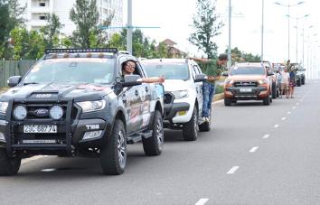 4WD Tour sin conductor de Vietnam a Laos - 9 días