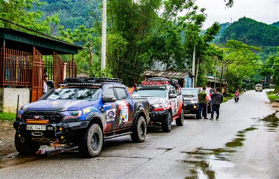 13 días de Vietnam 4WD tour por el sendero Ho Chi Minh