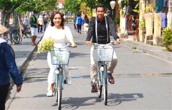 Explora pacífica Hoi An en bicicleta cover