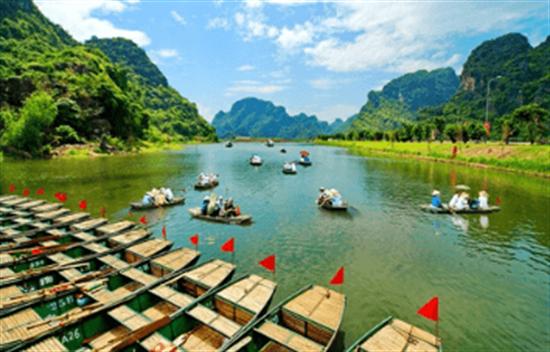 Hoa Lu y Trang An tour de día completo
