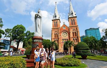 Viaje de lujo de Hanoi a Nha Trang en 11 días
