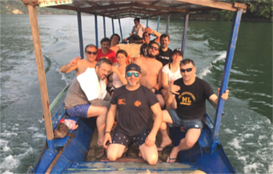 Viajes al Norte de Vietnam y Bahía de Halong en familia - 12 días