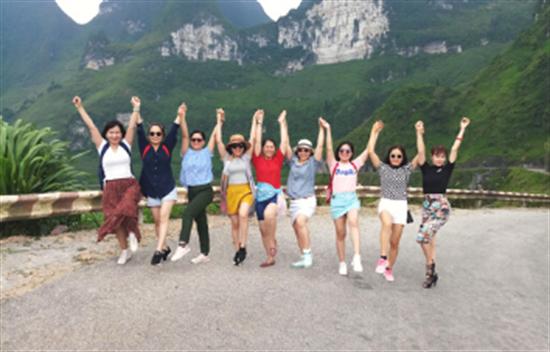 Viajes a Vietnam por el loop de Ha Giang en familia - 9 días