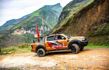 4x4 Tour por el norte de Vietnam desde Hanoi hasta Halong - 14 días