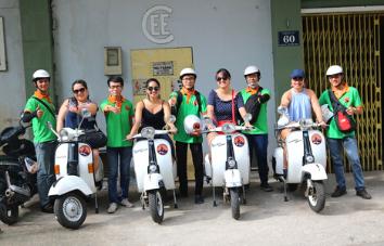 Ho Chi Minh Vespa tour medio día